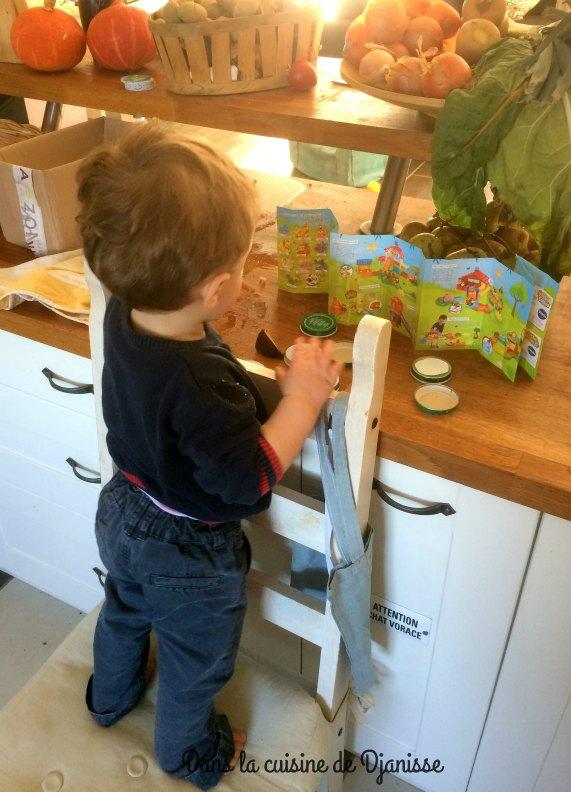 Laisser bébé faire ses propres découvertes